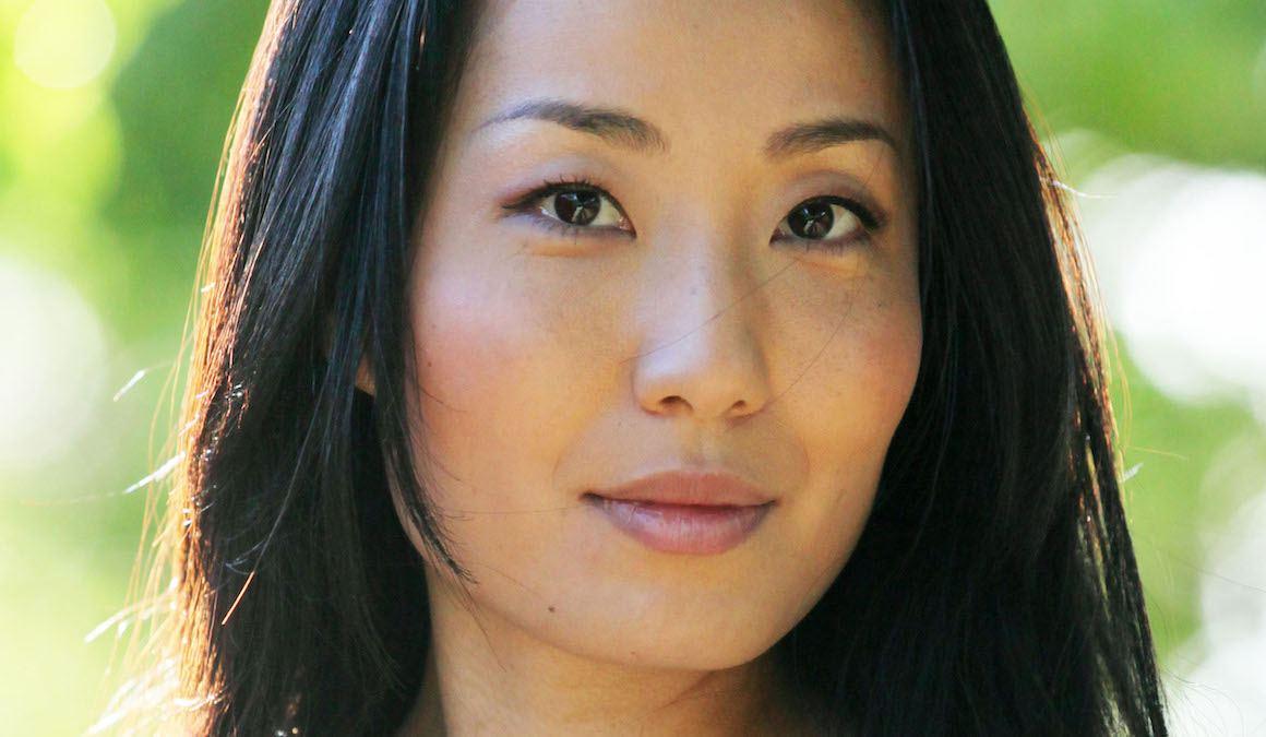Arisa Yura: Book Me In