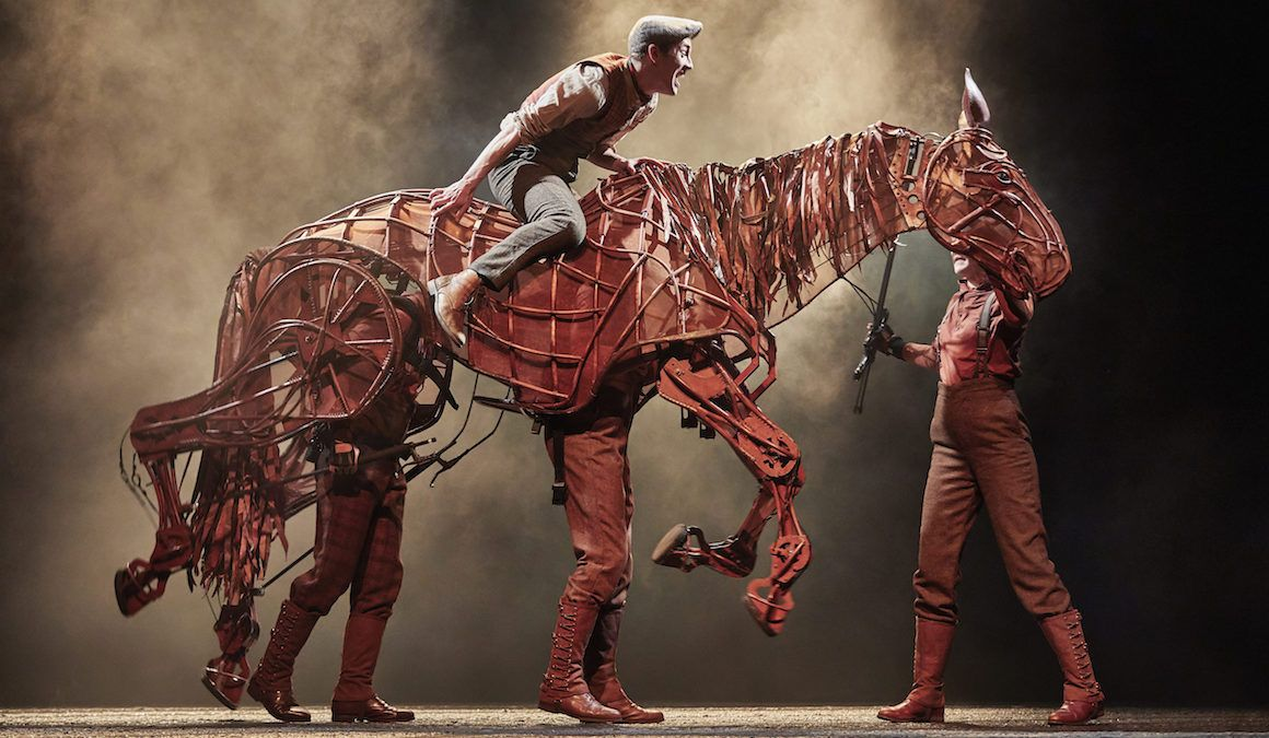 "War Horse: ""Poor theatre on a grand scale"""